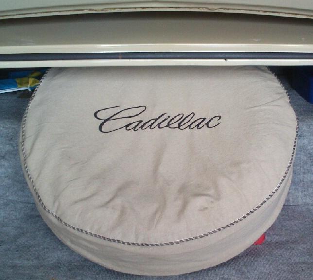 Däcköverdrag Cadillac mindre bild